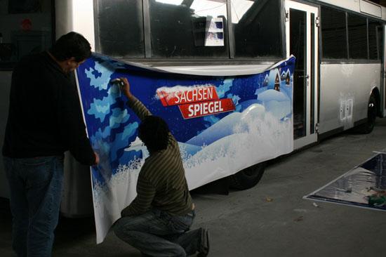 Bus-Beschriftung für die Weihnachts-Promotion-Tour des MDR Sachsen Spiegel_1