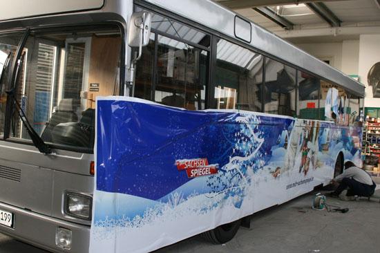 Bus-Beschriftung für die Weihnachts-Promotion-Tour des MDR Sachsen Spiegel_2